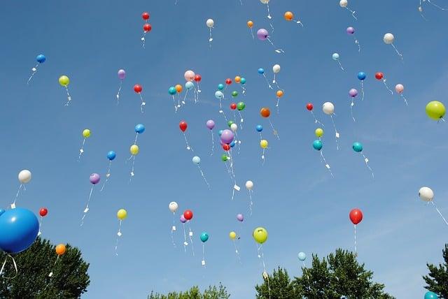 balloons-1012541_640
