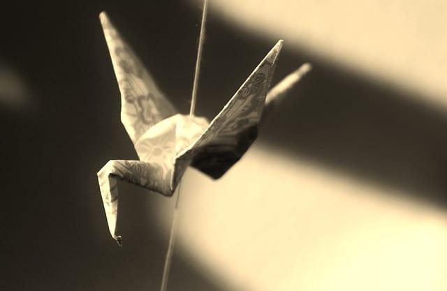 origami-827901_640